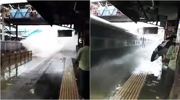 mumbai-train-flood-wave