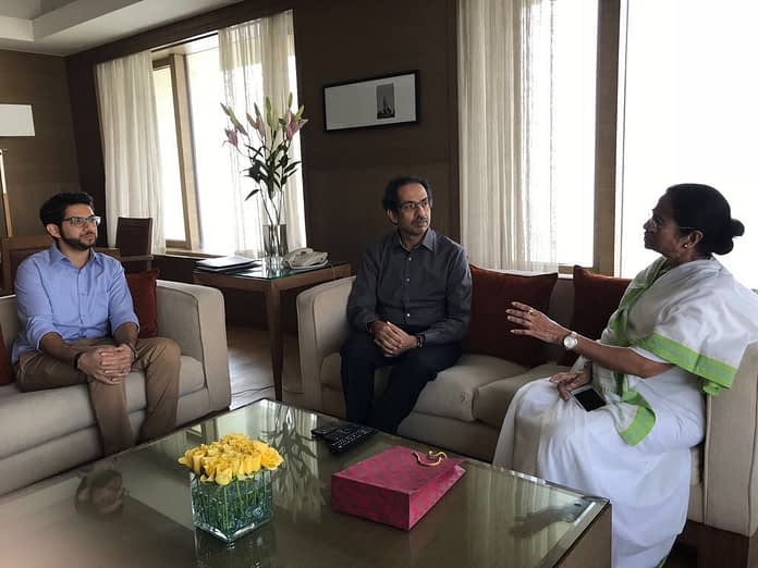 shiv sena chief meeting mamata banerjee with his son